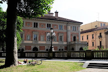 Parco della Montagnola, Bologna, Italy