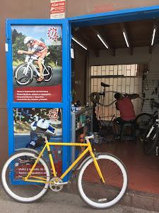 El Piñon Loco - Taller de bicicletas 8