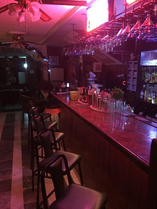Milestone Bar, Fray Junípero Serra 233, Villa Jardín II, 20235 ...