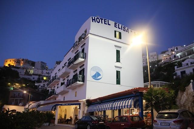 Hotel Elisa Peschici direttamente sul mare nella meravigliosa baia di Peschici