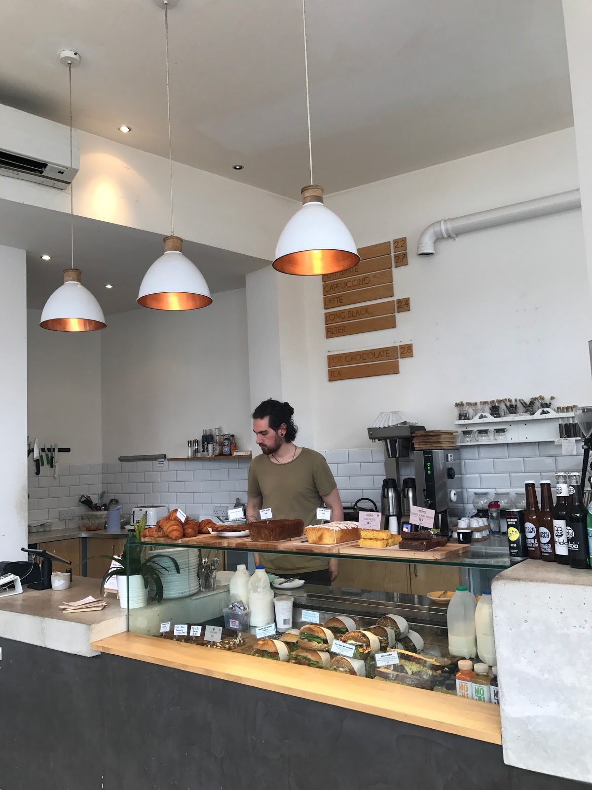 Cairngorm Coffee Co. West End: A Work-Friendly Place in Edinburgh