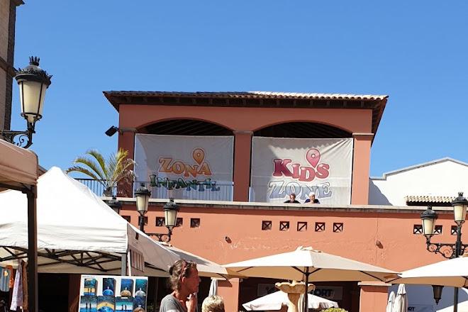Mercado Canario, Corralejo, Spain