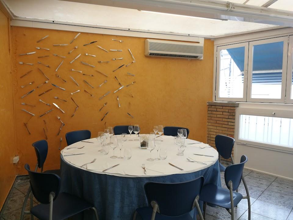 Señuelo Hueso Mal humor  Restaurant La Perla: Información útil y fotos