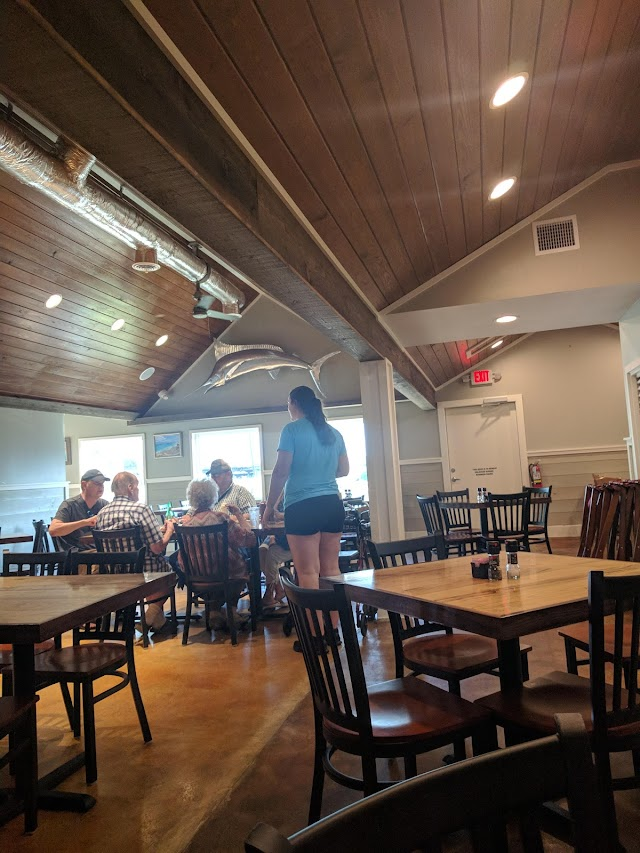 Castaway's Seafood & Grill