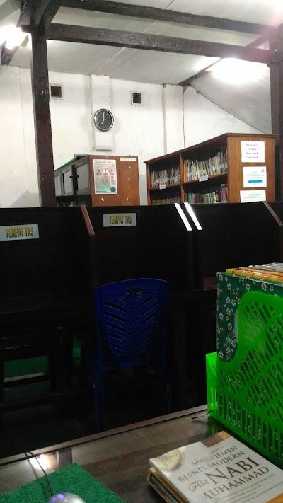 Perpustakaan Universitas Wahidiyah Kediri