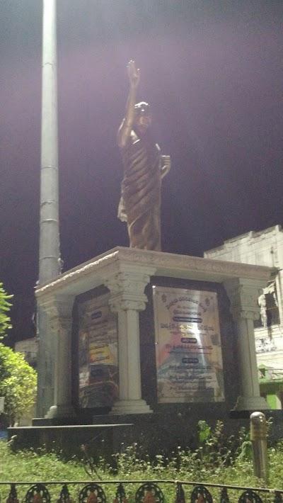 Smt.Indrragandhi Statue