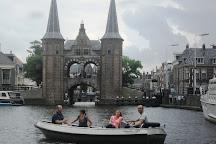 Binnenstad Bootverhuur, Sneek, The Netherlands