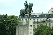 Statue de Foch, Paris, France