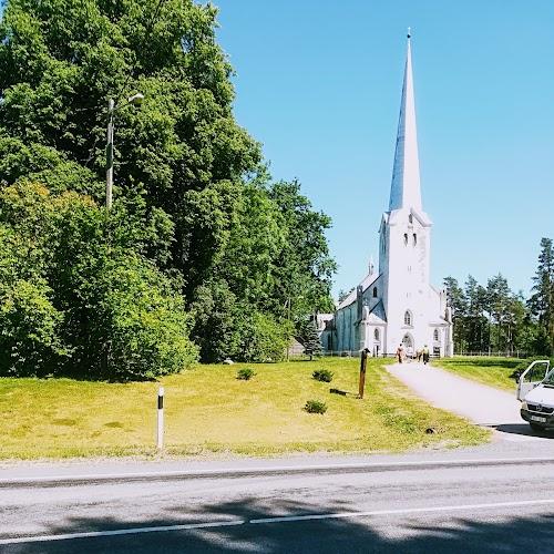 Tarvastu Peetri kirik