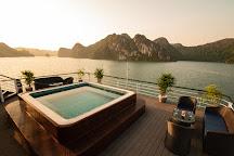 Doris Cruise, Halong Bay, Vietnam