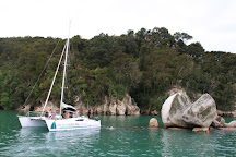 Abel Tasman Sailing Adventures, Kaiteriteri, New Zealand