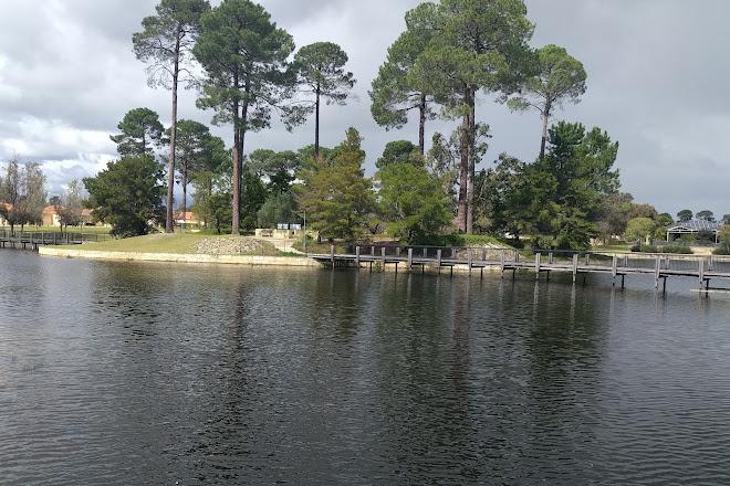 Lake Fresca, Ellenbrook, Australia