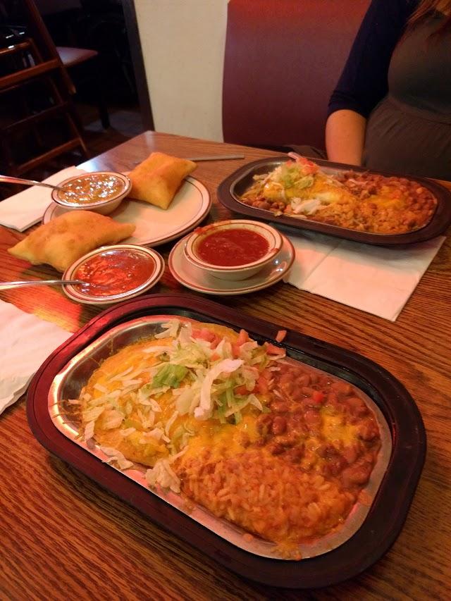 Mac's la Sierra Family Restaurant