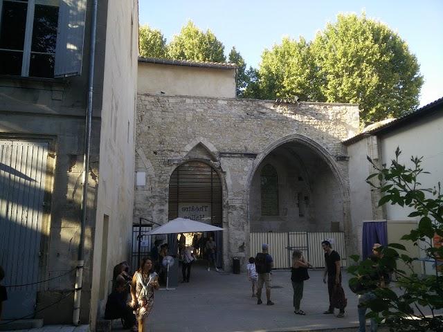 Théâtre des Halles
