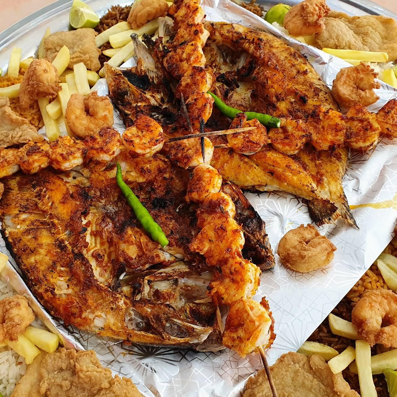 مطعم اسماك النجمة للمأكولات البحرية راحة العائلة Asmak Al Najmah Arrayis Seafood Restaurant In Ar Rayis