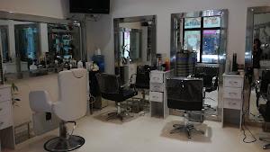 Frank Olivos Salon Y Spa 1