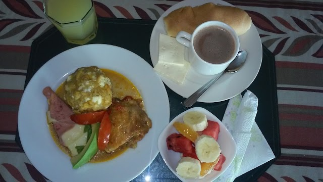 Cafe- bar LA LUNA del Hotel Pecos Bill