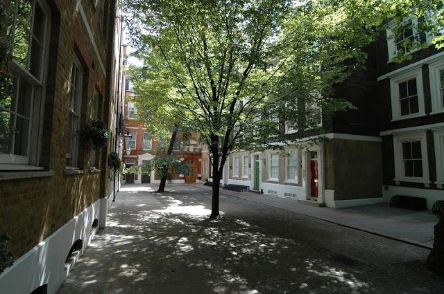 The King's Wardrobe Serviced Apartments by Bridgestreet