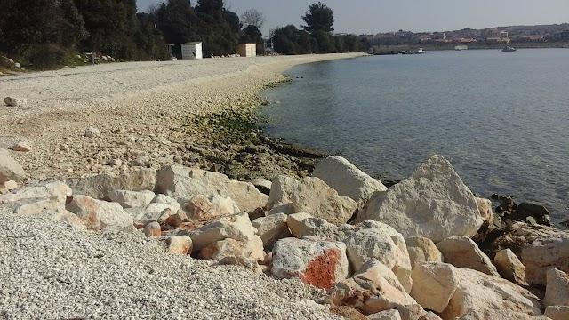 Banjole Beach