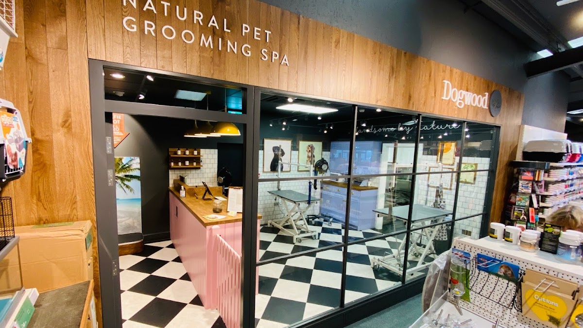 Dogwood Weymouth Pet Grooming Spa store