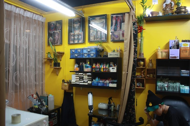 Two Thumb Tattoo Studio