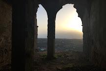 Ruinas do Castelo de Montemor-o-novo, Montemor-o-Novo, Portugal