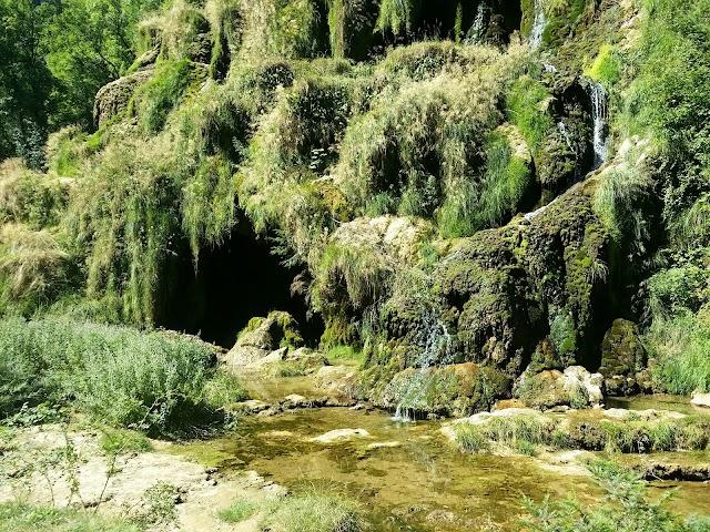 Grottes Chalet des Guides