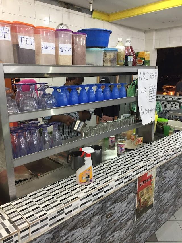 Maimunah Seafood Corner
