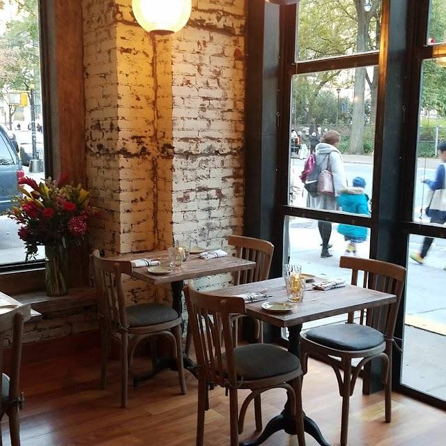 Tartina Restaurant