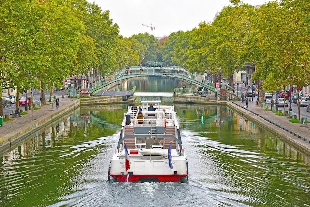 Canal Saint-Martin Pont d'Amelie
