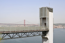Elevador Panoramico da Boca do Vento, Almada, Portugal