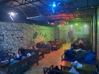 Ashak Cafe & Restaurant