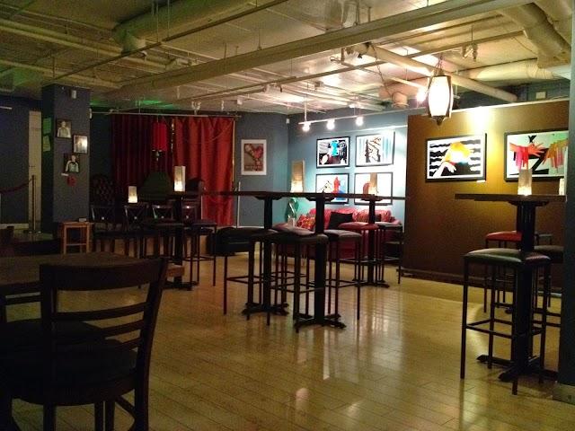 Solo Bar & Eatery