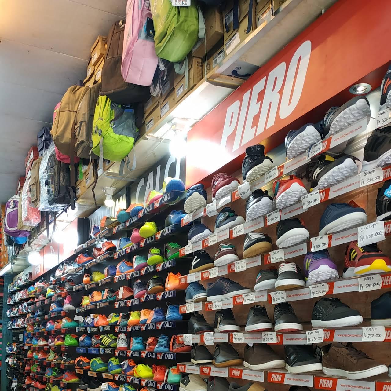 Tribun Wiki 6 Toko Sepatu Di Kota Denpasar Catat Alamat Serta