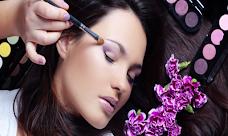 Runaya Beauty oxford