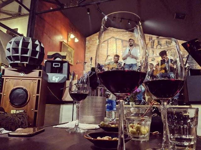 Remi Thao Dien Music Pub - Bar Coffee