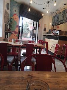 Red Head Coffe Shop 1