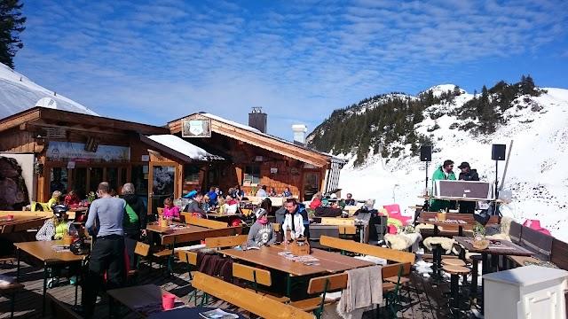 Skiwiege Almbar & Lounge