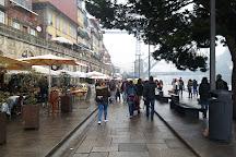 Loja Tradicoes, Porto, Portugal