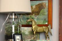 Bowerbird & Friends Antiques, Peterborough, United States