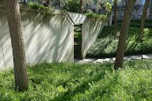 Jardin Eugenie-Djendi, Paris, France