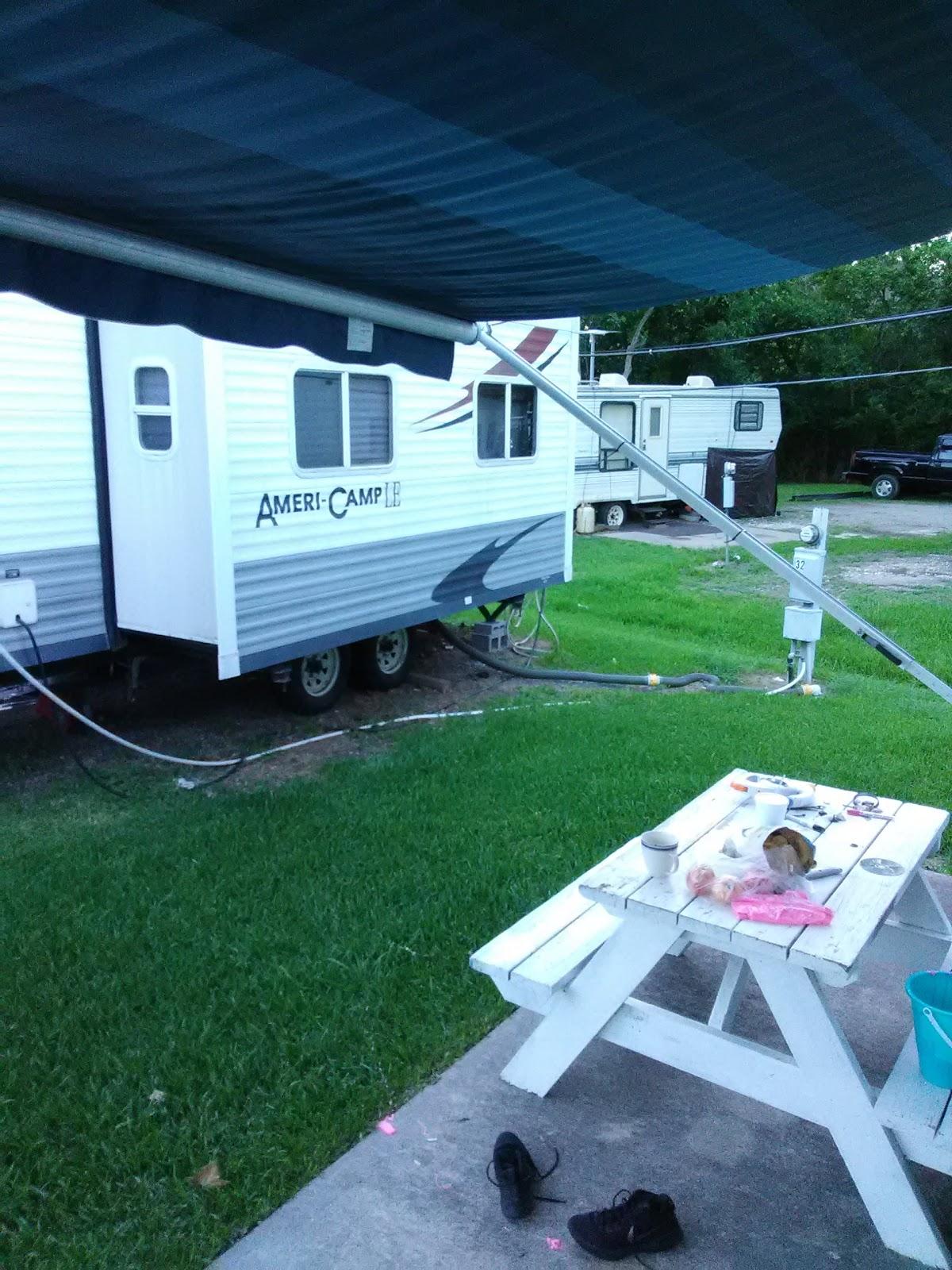 Safari RV Park And Mobile Home Community