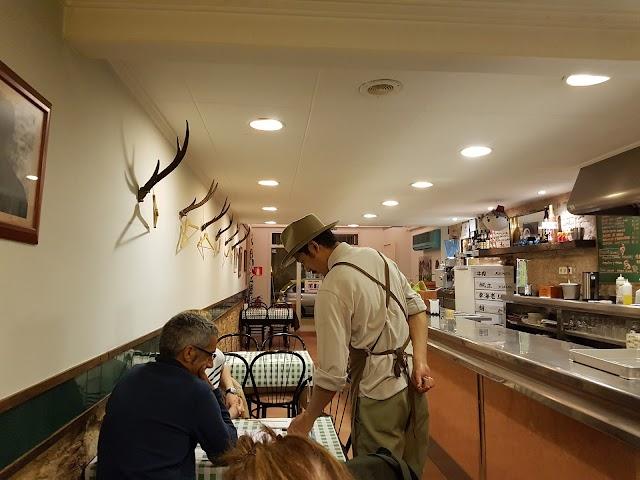 Restaurant M.R.