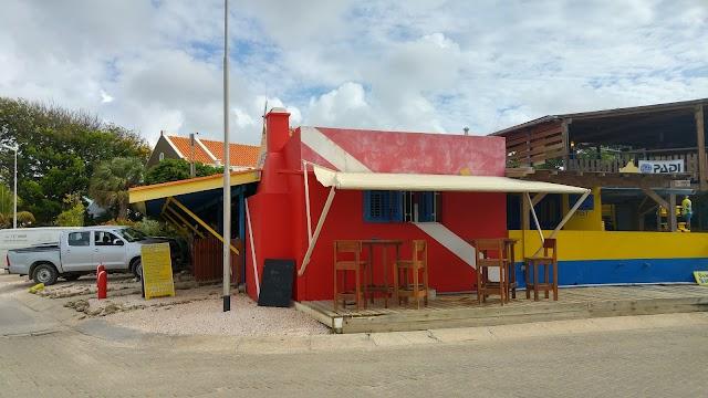 Dive Friends Bonaire @ Yellow Submarine