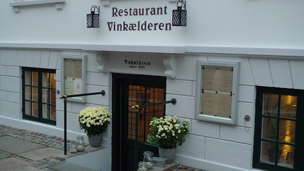 Restaurant Vinkælderen Slotsgade 22a 4800 Nykøbing Falster Danmark