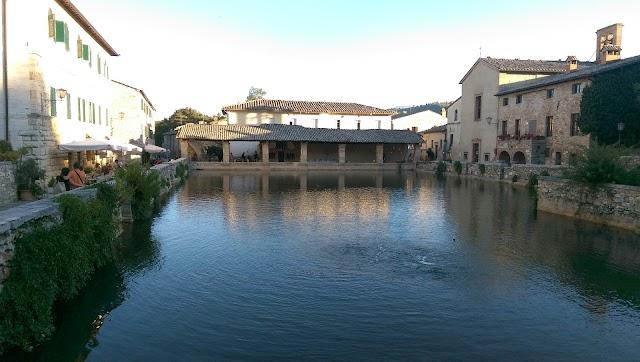 Bagno Vignoni Centro