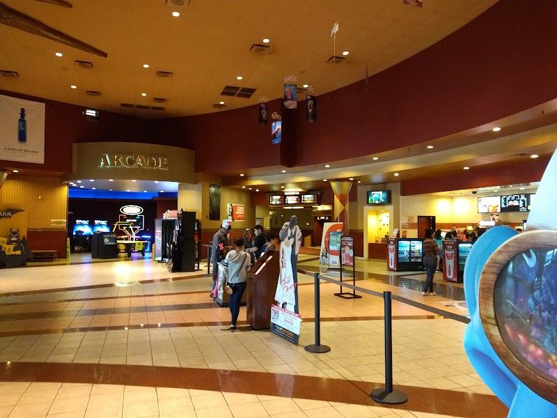 Cinemark At Harlingen Film Showtimes And Tickets Harlingen Tx