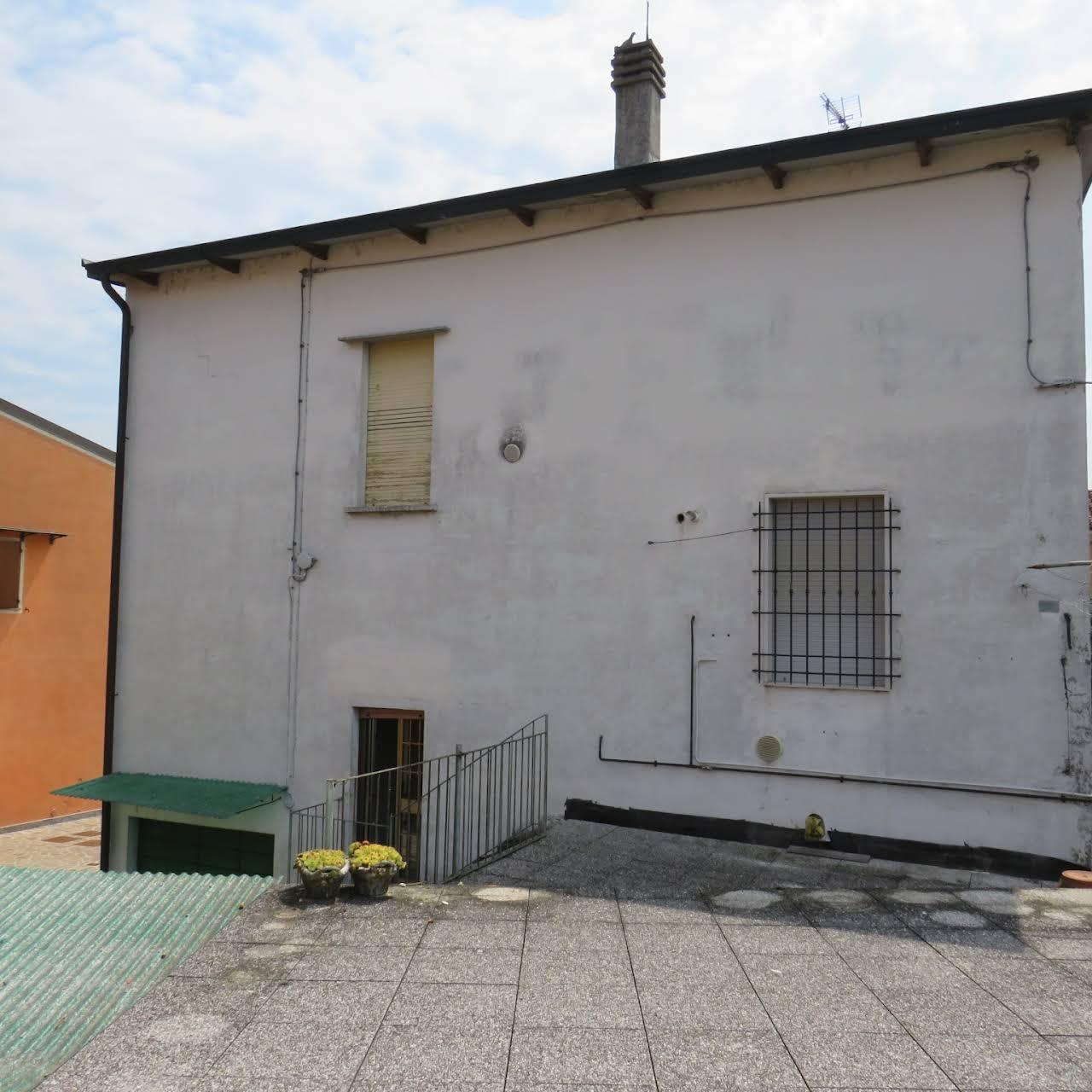 Agenzie Immobiliari Mantova a casamia - agenzia immobiliare a cremona