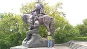 Памятник Пересвету, улица Калинина на фото Брянска