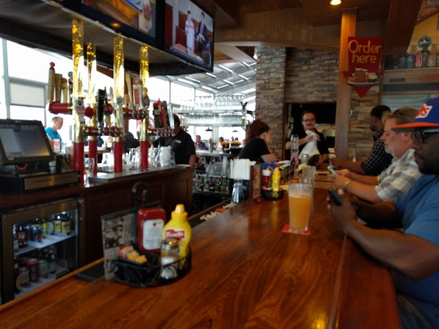 Slyman's Tavern